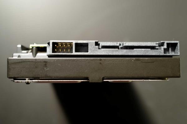 HDDのインターフェース