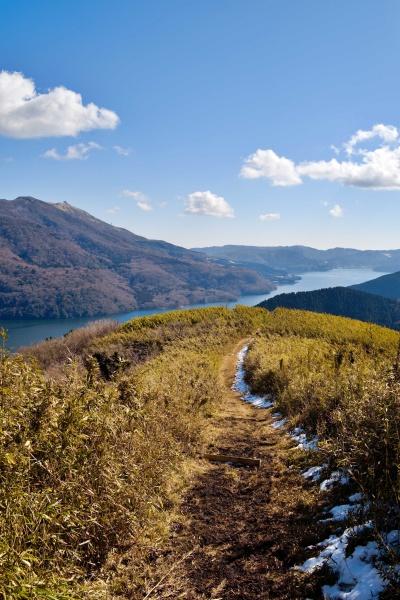 芦ノ湖へ歩を進める