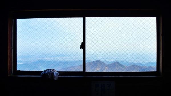 眼前に広がる関東平野。ここで朝を迎えてみたい。