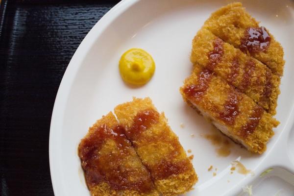 三元豚トンカツ定食(850円)
