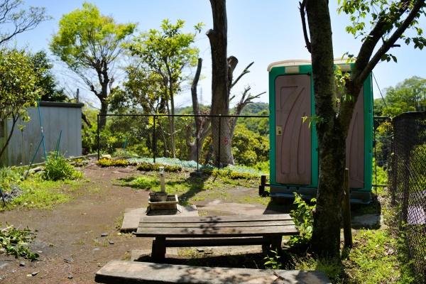金峯山大善寺近くのトイレ