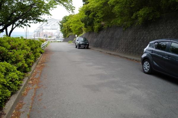 奥の方にも駐車できます。