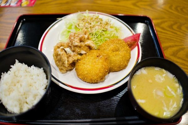 650円で美味しい夕飯