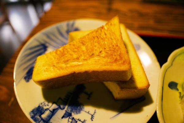 トーストも美味しい朝ごはんでした。