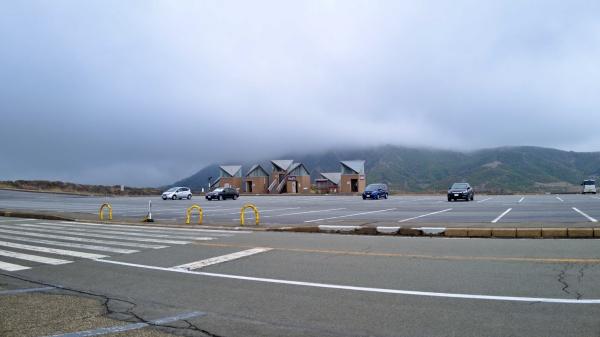 トイレがあるのは阿蘇山上有料駐車場です。