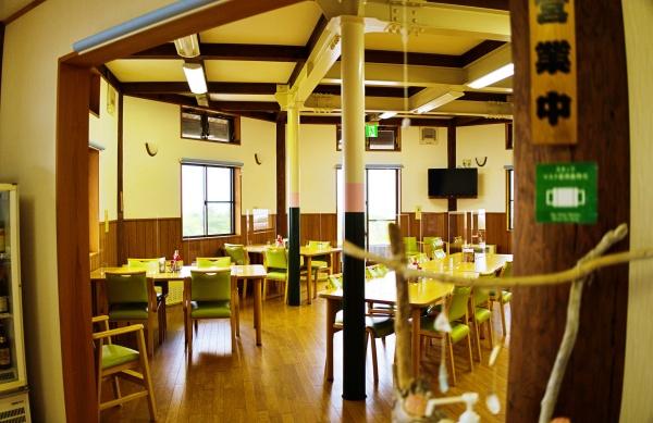 レストラン風な食堂