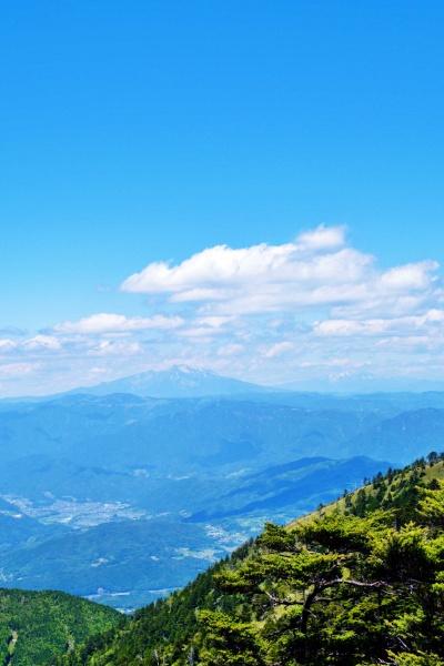 御嶽山の存在感がすごい。