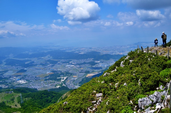 琵琶湖が見える展望台へ。