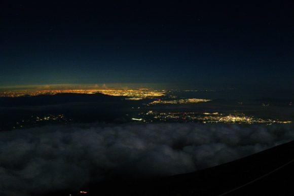 雲海と夜景がきれいだった。