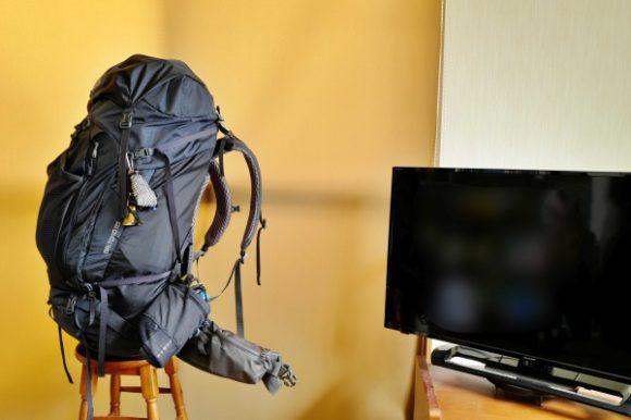 まだザック上部に余裕があります。ちなみにテレビは40型。
