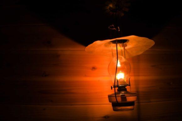 柔らかなランプの光が高天原山荘のシンボルだ。