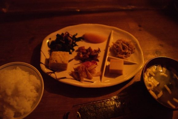 玉子焼き、ヒジキ、切り干し大根、高野豆腐など