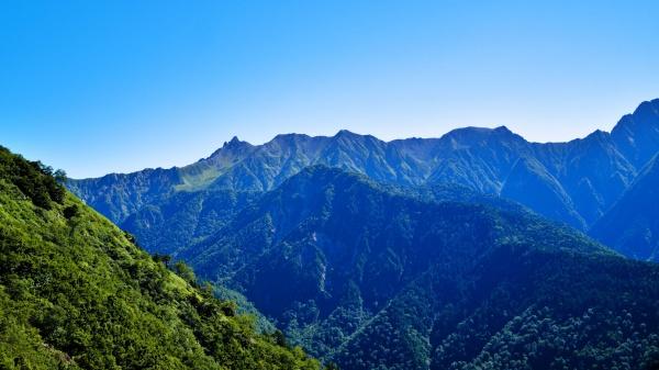 ひゃっほ~槍ヶ岳!最高の登山日和だ。