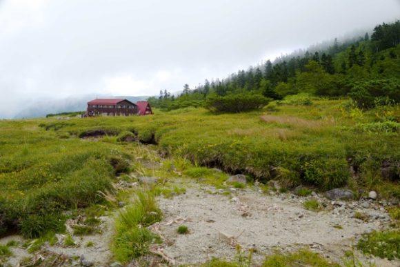 キャンプ場まわりに点在する池塘