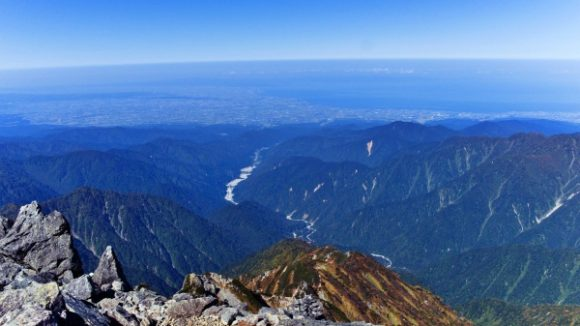 富山湾方面。